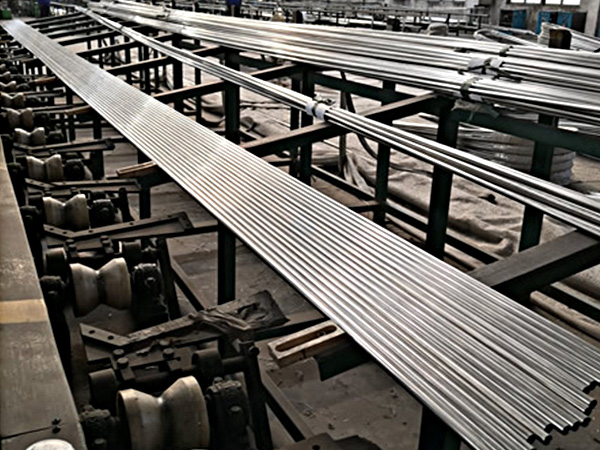 Austenitic & Martensitic Stainless Steel U Bent tube